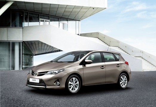 New_Toyota_Auris_07_2012