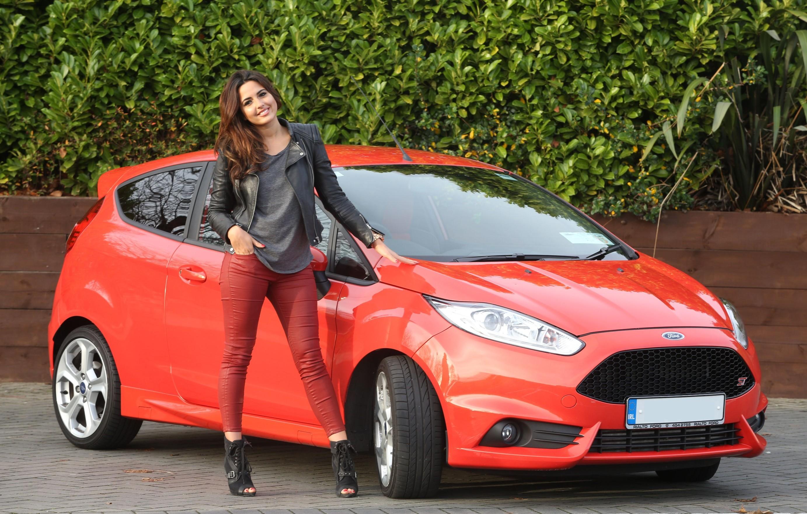 64 Nadia Ford(e) 1