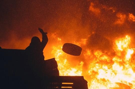 tyres bonfire 1014